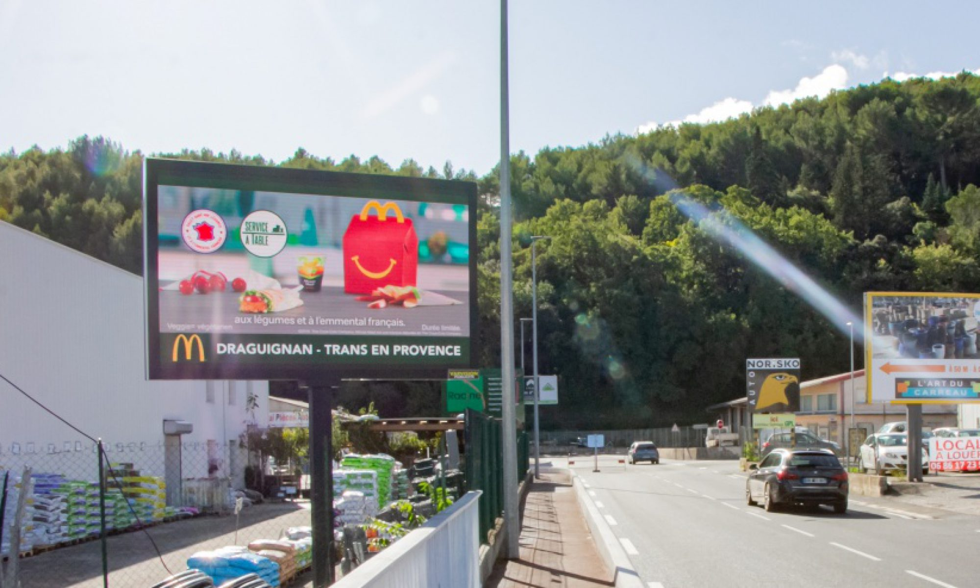 Panneaux publicitaires en location